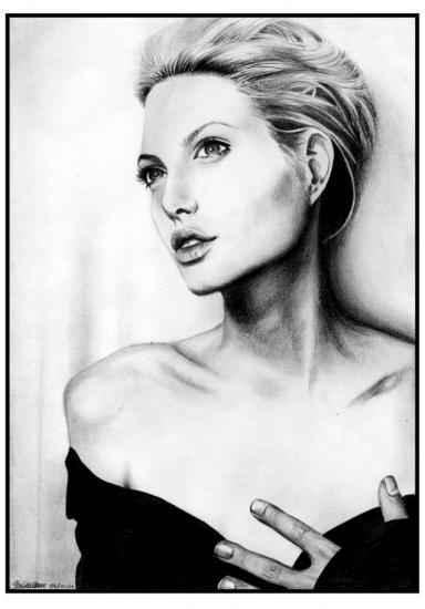 Angelina Jolie by akinosa